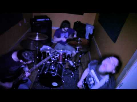 The Pit - I Wanna Plant Bombs Everywhere (music video)