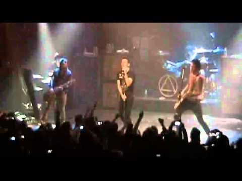 Dead By Sunrise - End Of The World [LIVE IN NYC] 2009 HD