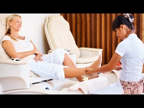 How to Have a Safe Pedicure | Foot Care