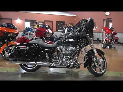 2020 Harley-Davidson Street Glide® in Mauston, Wisconsin - Video 1
