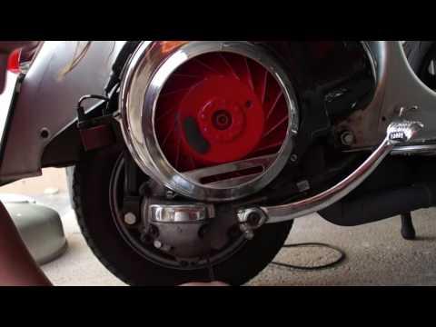 Der Generator das Benzin und der Dieselmotor zu vergleichen,