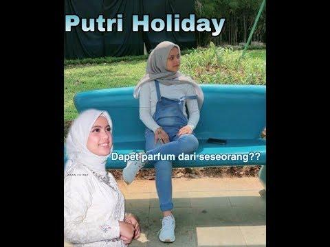 Putri Holiday