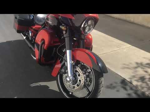 2017 Harley-Davidson CVO Street Glide CVO Street Glide at Quaid Harley-Davidson, Loma Linda, CA 92354