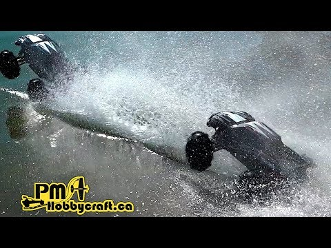 Showdown - Traxxas X-MAXX Extreme Hydroplane Race On Water