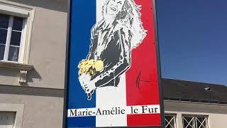 Marie-Amelie Le Fur inaugure la Marianne de Saint-Roch / Mai 2018 | Kholo.pk