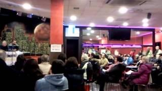 preview picture of video 'Davide Barillari candidato M5S alla presidenza della Regione Lazio incontra i cittadini di Mentana'