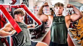 Mein erstes Workout im Gym mit neuem PR!