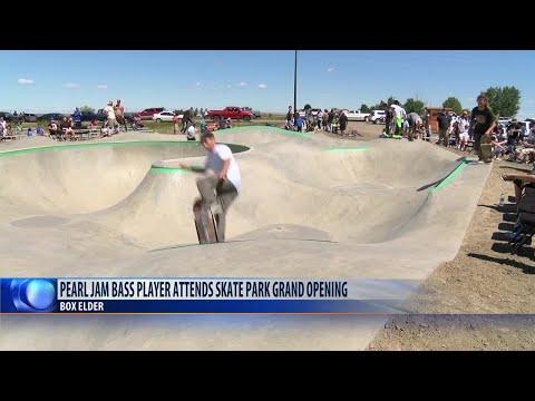Jeff Ament helps build skate park in Box Elder