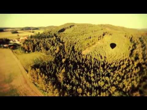 Lety Mimo - Lety Mimo - Zpátky na zem (Official video 2014)