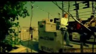 Blue feat Stevie Wonder and Angie Stone - Signed, Sealed, Delivered. Official video (2003)
