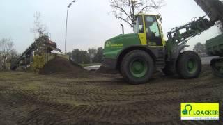 preview picture of video 'LOACKER Sport- und Gartenbau - Sportpark Lustenau - Substrat mischen'