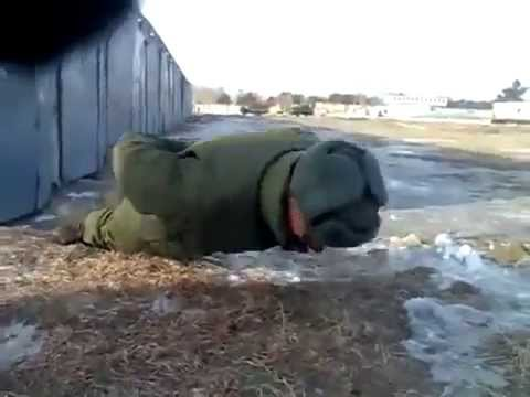 Russo che pesca in 3 Klyazma vyyun