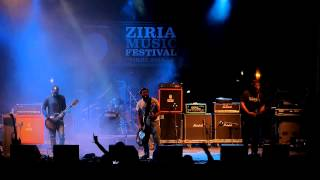 "1000mods  live  - ""7 flies"" @ 6th Ziria music festival"