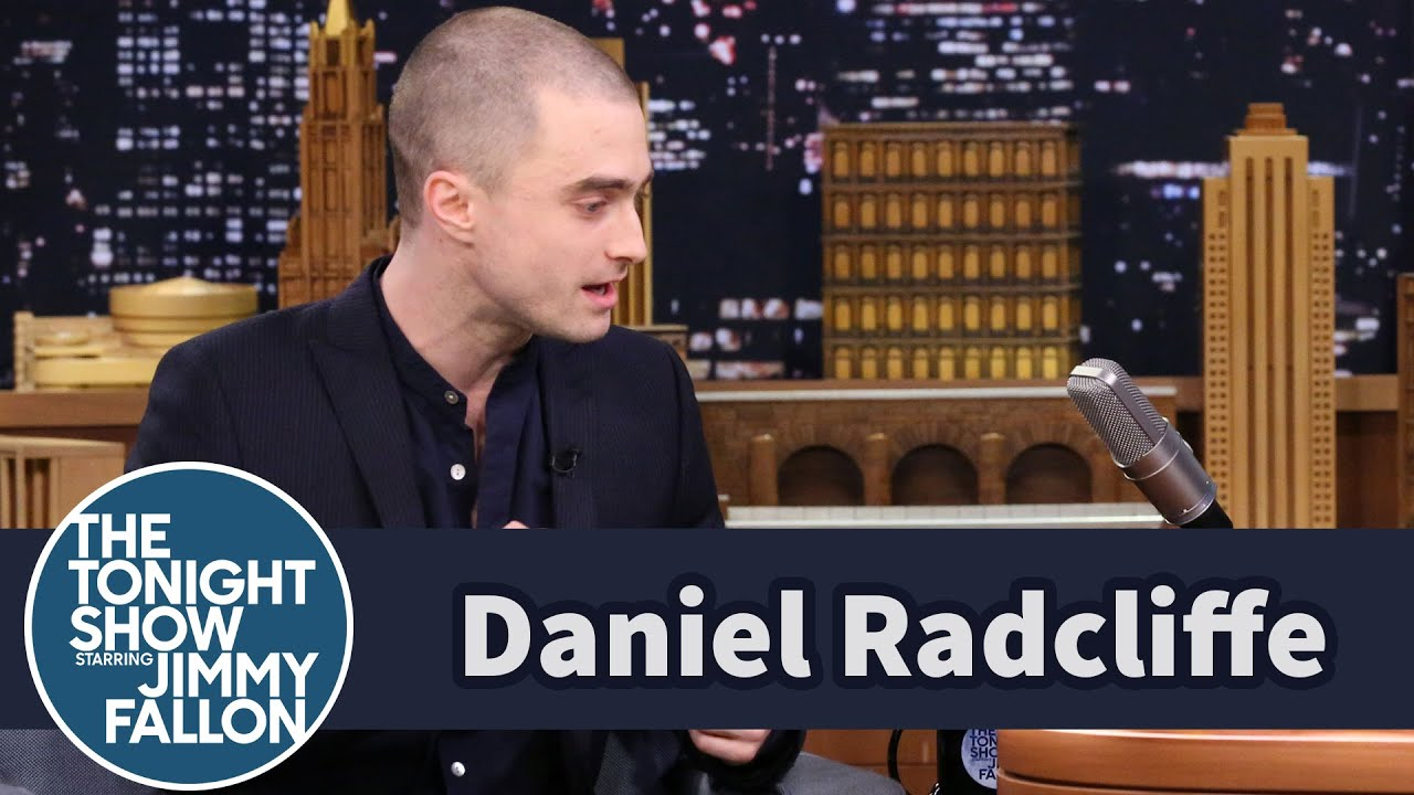 Daniel Radcliffe Shaves His Head to Avoid Looking Like a Toothbrush thumbnail