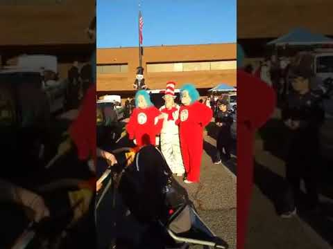 Video: Video of the crowds and inside the