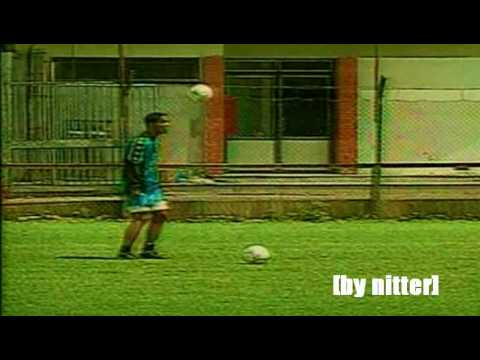 Ronaldinho in Gremio. When I Am Kid [by nitter]