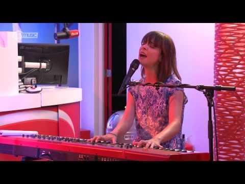 Laura Jansen - Golden (live bij Kristel van Eijk) // Q-music