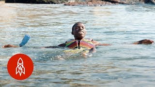 How Migrants Learn to Love the Sea They Once Feared