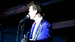 Flying, Chris Isaak 2011