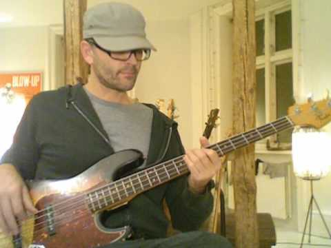Rock with you - Michael Jackson - bass playalong