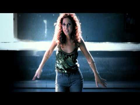 Pastora Soler - Corazón Congelado [Official Music Video]