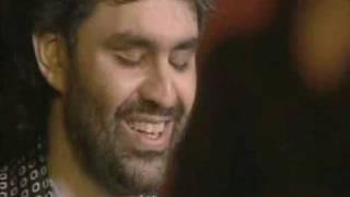 """Andrea Bocelli """"Voglio Restare Cosi"""" Live on stage"""
