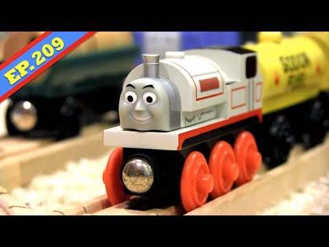 Flat Stanley | Thomas & Friends Wooden Railway Adventures | Episode 209