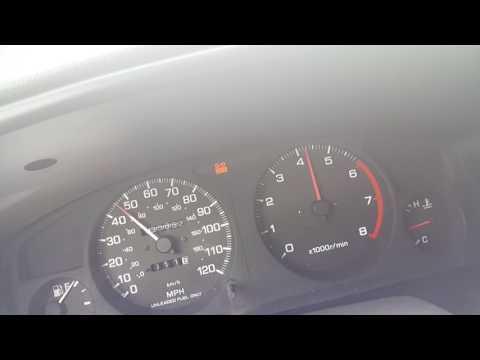 Der Kanister für das Benzin 20 Liter die Verzinkte