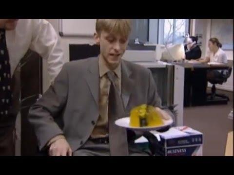 Naked office joke video, alice braga nackt