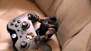 Marcus Fenix Hates The Halo Master Chief Collection