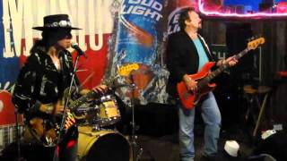 Tommy Katona and Voodoo Blue 11/15 - Ain't Gone N Give Up On Love