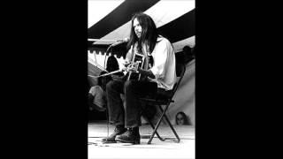 Neil Young - Mariposa Folk Festival, Toronto, ON - 7/16/1972