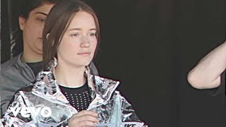 Sigrid - Sucker Punch (Behind The Scenes)