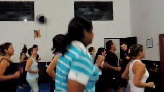 Aula de ginástica na Academia Sport Fitness