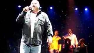 Kevin Chamberlin sings Daybreak by Barry Manilow
