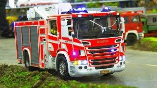RC SCALE MODEL FIRE TRUCKS IN FIRE RESCUE OPERATION!! / Intermodellbau Dortmund 2018