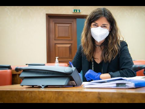 """Tristana Moraleja: """"La industria y el comercio necesitan certidumbre y seguridad""""."""