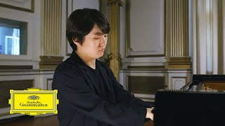 Seong-Jin Cho - Claude Debussy: Clair de lune [Suite bergamasque, L. 75]