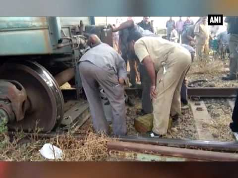 Goods #train derails near Hubli station, no casualties reported - ANI #News