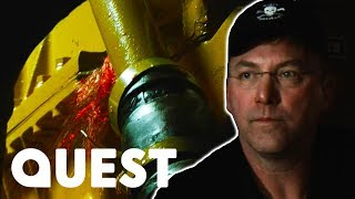 Time Bandit Is About To Suffer An Explosion! | Deadliest Catch