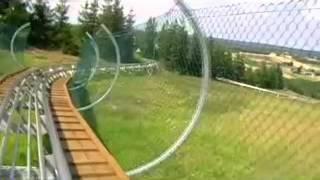 preview picture of video 'Stok Narciarski Ośrodka Sportu i Rekreacji \Góra Kamieńsk\ Zjazd torem saneczkowym:)'