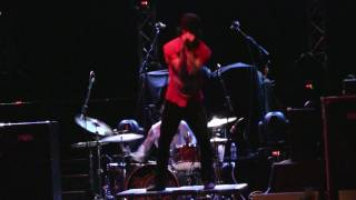 2011.03.14 Chiodos - Modern Wolf Hair (Live in St. Louis)