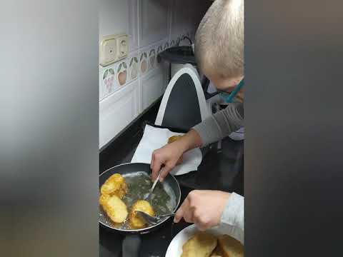 Watch video Pablo Cifuentes preapara unas deliciosas Torrijas