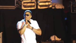 "St. Louis: Nelly's Live Performance Of  ""Hot In Here"""