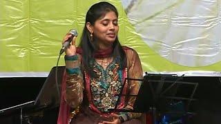 Halke Halke Chalo Saanware - YouTube
