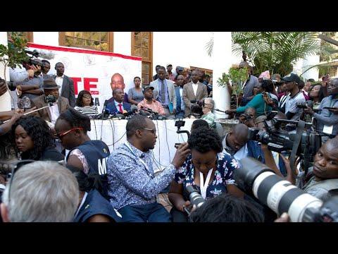 Zimbabwe elections: police interrupt Chamisa press conference