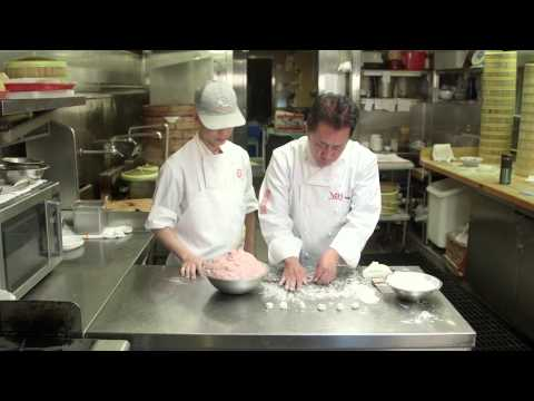 People Cooking Things: How to Make Xiao Long Bao