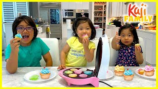 Mini Cupcake Maker DIY Kids Size Baking With Emma And Kate!!!