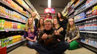 Rene Karst - Kruipend Door De Supermarkt video