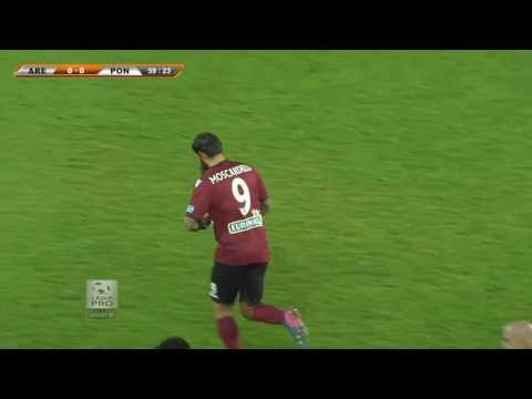 I gol da sballo di Moscardelli con l'Arezzo